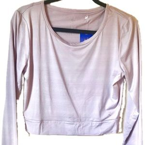 Danskin activewear long sleeve top, keyhole back
